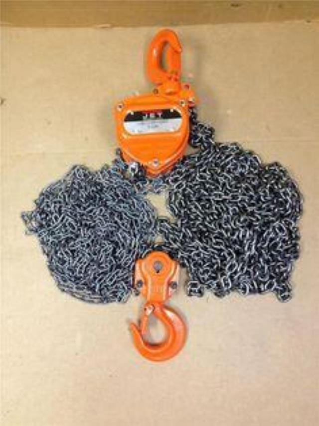 Where to find CHAIN HOIST, 3TON X30 in Chicago