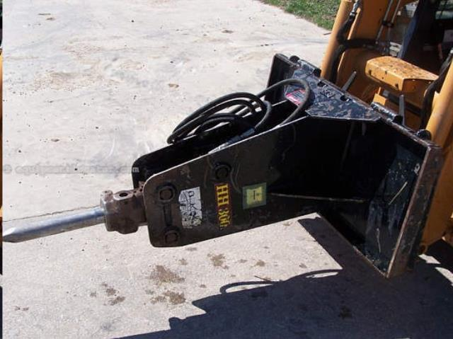 Where to find HAMMER,HYD.BOBCAT 300 in Chicago
